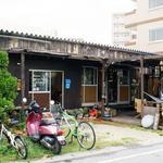 画像: 建物外観                             - ゲストハウス/シェアハウスルームメイト募集☆