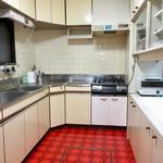 画像: キッチン                             - 広々としたバルコニーのある中野の個室