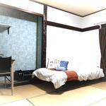 画像: 個室                             - 保証人不要❗️事務所使用可❗️❕ 蛍池駅12分で家賃3.4万円~! 家具家電たっぷり収納あり。鍵付き個室!