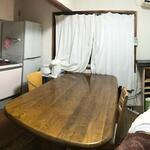 画像: キッチン                             - 即入居可。日当たり良好の7畳。ペット可。