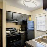画像: 個室                             - 街の景色を望む見事な1ベッドルームアパートメントバルコニー
