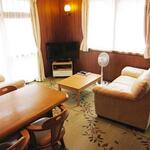 Photo: リビング                             - Bright corner private room in HATSUDAI