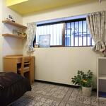 Photo: Single Room                             - 2か月家賃無料キャンペーン!難波4分、梅田15分‼️家具、鍵付き個室!保証人不要!