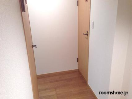 Japan accommodation 玄関