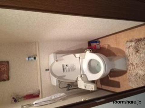 photo of Japan roommate トイレ
