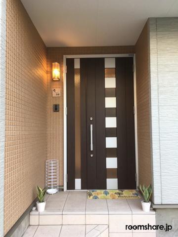 ルームシェア 玄関