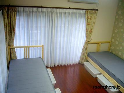 Japan accommodation ドミトリー寝室
