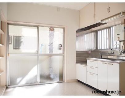 photo of Japan roommate キッチン