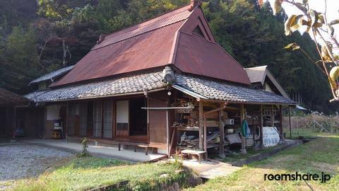 Japan accommodation 建物外観