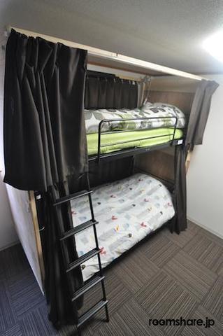 シェアハウス ゲストハウス ドミトリー寝室