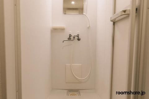 シェアハウス ゲストハウス シャワー