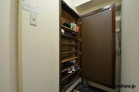 photo of Japan roommate 下駄箱