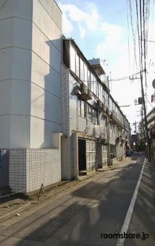 Japan accommodation リビング