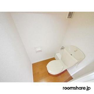 photo of Japan roommate トイレ